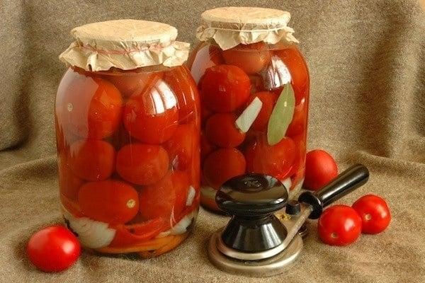 томат в 3-х литровой банке
