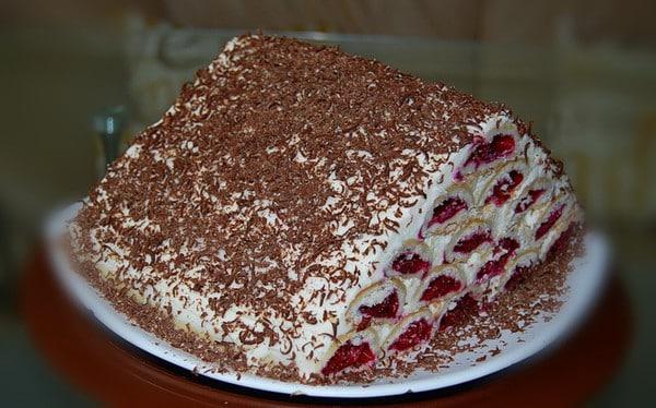 Торт «Монастырская изба» с вишней со сметанным кремом