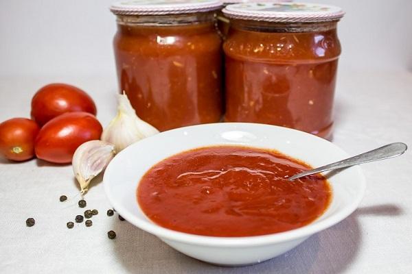 тарелка кетчупа