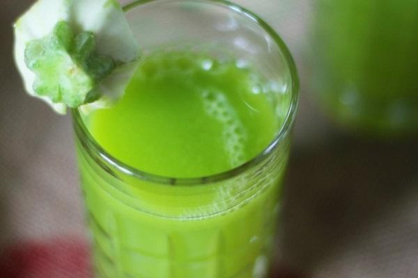 зеленая жидкость