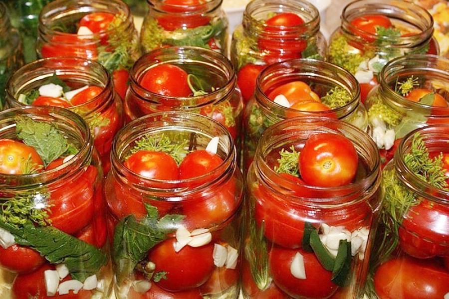 помидоры с хреном