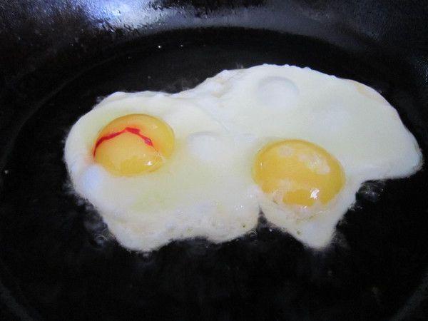кровь в белке куриного яйца