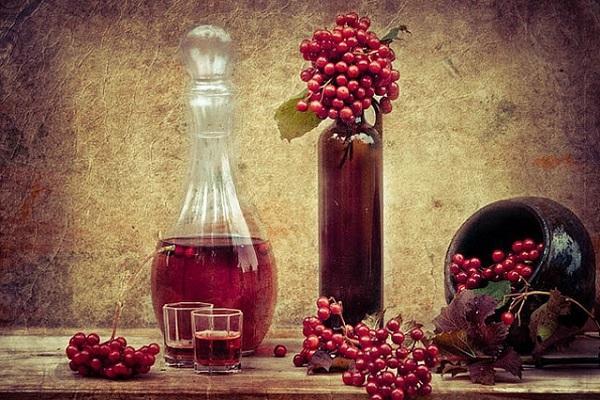 вино и ягоды